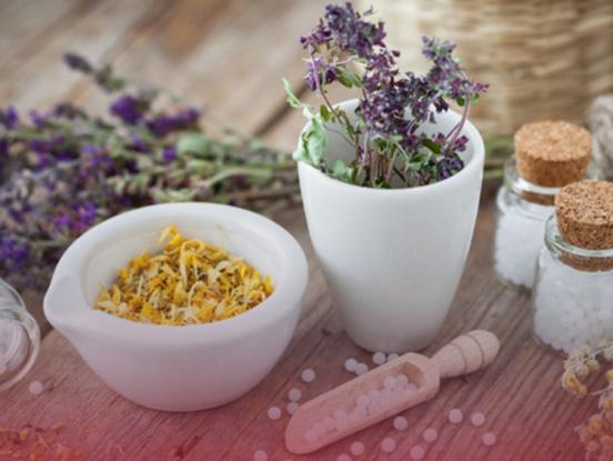 Alternativmedizin: Bachblüten, Schüssler Salze, Homöopathie, Tinkturen & Co-